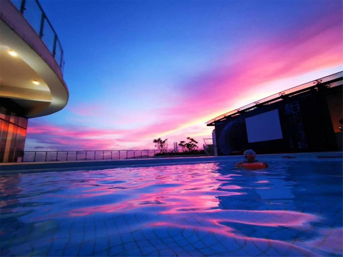 【中山】【海泉禧度假公寓】299元购舒适海景复式2房1厅!轻奢网红风一线海景房,享天际泳池的绝美风光~