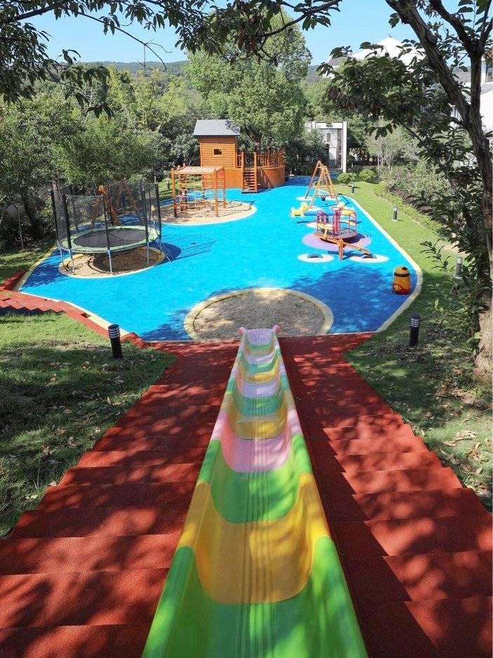 室外儿童乐园.jpg