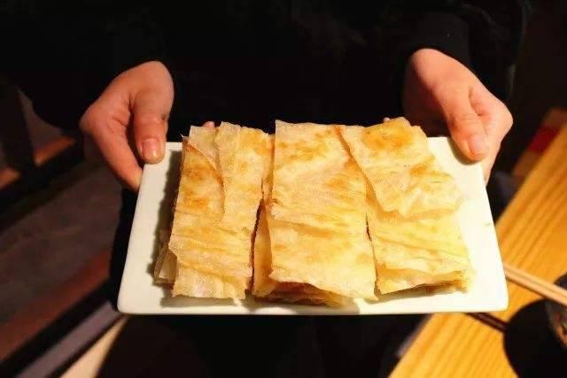 【深圳福田·华强北·印食汇西餐吧】仅138元抢印食汇2-3人餐,含:咖喱鸡+烤鱼+咖哩角+印度飞饼+印度奶茶+酸奶土豆球等多种美食,一起来一场拥抱咖喱的奇妙味蕾之旅吧~
